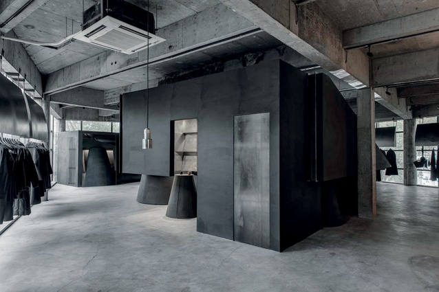 The INSIDE World Interior of the Year: Black Cant System – HEIKE fashion brand concept store in Hangzhou, China, by AN Design.