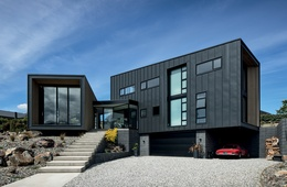 A permeable threshold: Lakeview House