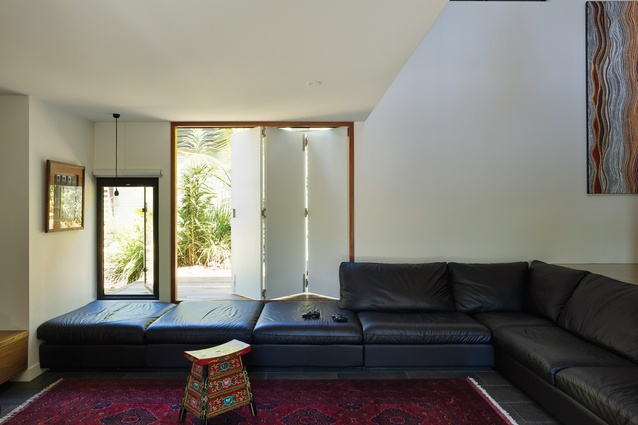 Replacing fixed glazing with operable walls and clerestories allowed the home to become more site-responsive.