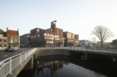 Raakspoort city hall and cinema