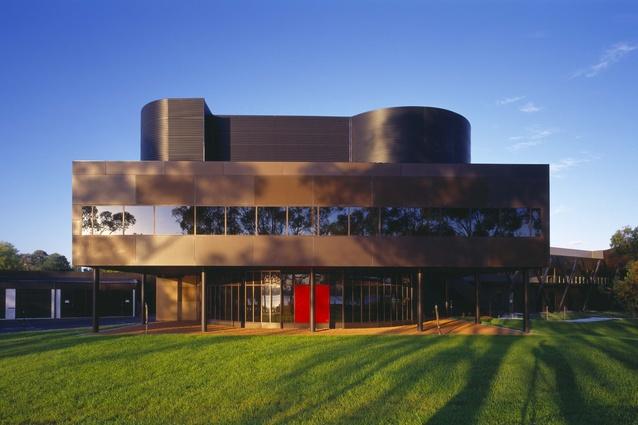 Australian Institute of Aboriginal and Torres Strait Islander Studies, Canberra (2001, joint venture with Robert Peck von Hartel Trethowan).