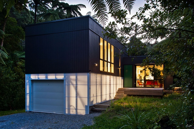 Small house encapsulates big thinking architecture now for Small house architecture