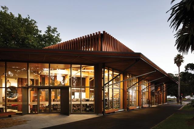 Public Architecture Award: Te Pātaka Kōrero o Te Hau Kapua – Devonport Library by Athfield Architects.