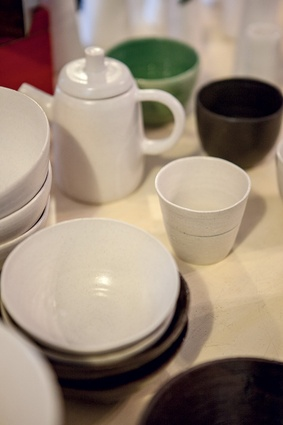 Ceramics made by Daishima.