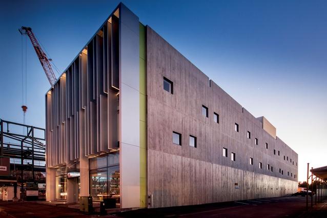 Famous Concrete Buildings : Shock proof architecture now