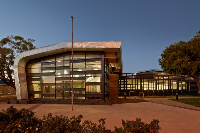 Hindmarsh Corporate Centre by k20 Architecture.
