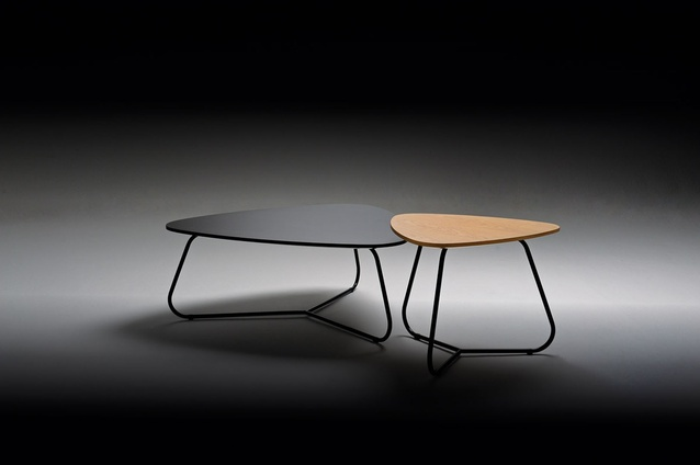 The Emily coffee table and Lilla side table can be overlapped, allowing an interplay between forms.