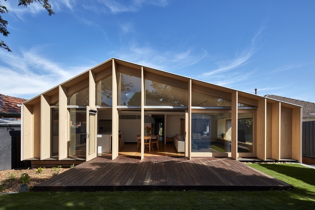 Lean-To House by Warc Studio