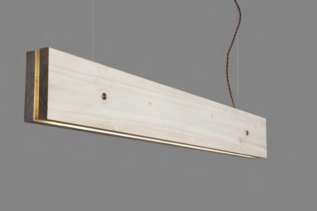 Plank light in light poplar.