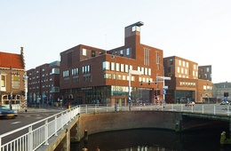 Raakspoort city hall and cinema centre
