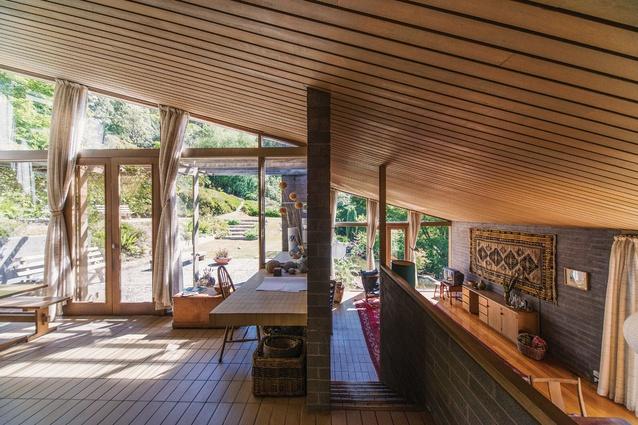 Fern tree house 1969 revisited architectureau for Kitchen designs hobart