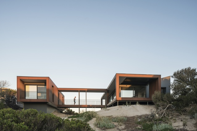 Karkalla Dunes by Max Pritchard Gunner Architects.