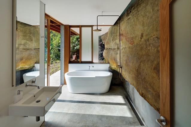 Cliff Face House Architectureau
