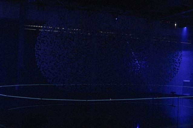 <em>Fluidic</em> lighting installation by WHITEvoid for Hyundai.