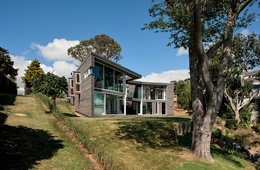 House as waterway: Mellons Bay House