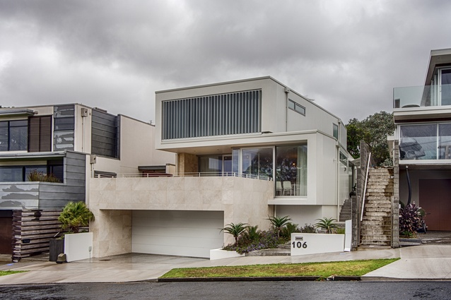 Housing Award: Hinton House by Boon Goldsmith Bhaskar Brebner Team Architects.