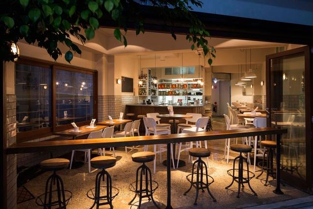 Foley Lane small bar