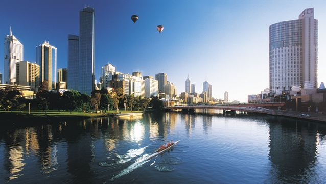 Hidden laneways, rooftop bars, stunning architecture and Melbourne's top attractions await.