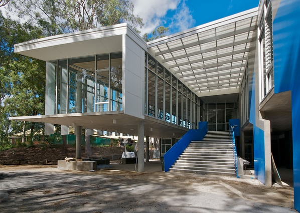 Marist College Science Centre, Ashgrove by bureau^proberts.