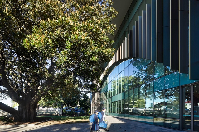 Exterior of the Research Learning Centre at Brisbane Girls Grammar School by M3architecture.