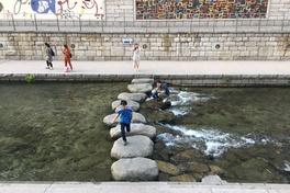 Restoring calm: Seoul's Cheonggyecheon stream