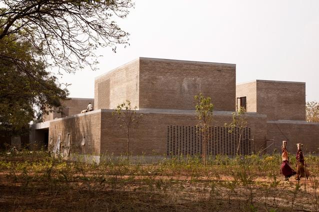 Ahmedabad Residence by Studio Mumbai.