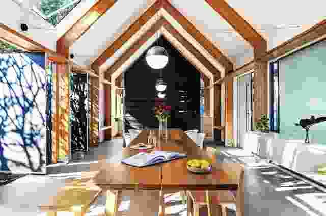 Peakaboo House已成为布里斯班郊区可持续重建的典范。