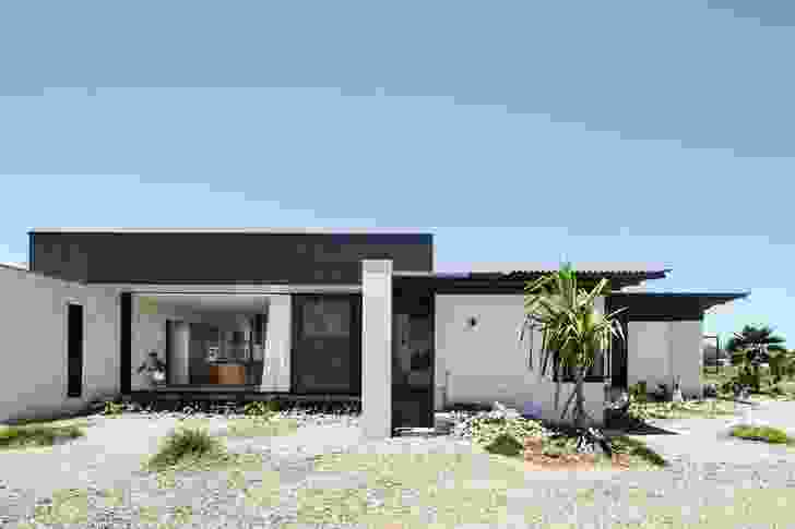 Inverdon House by Chloe Naughton Architects.