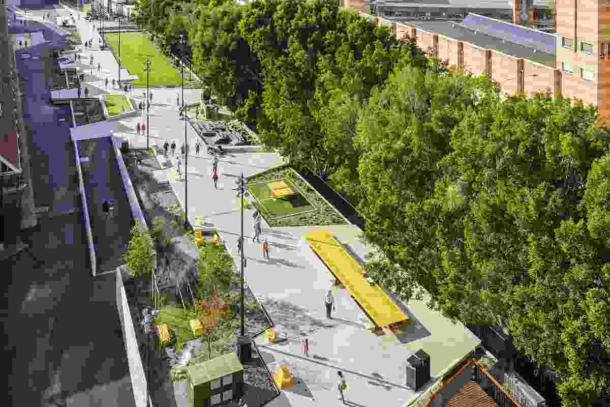 2016 202020 Vision Green Design Award winner The Goods Line by Aspect Studios and CHROFI.