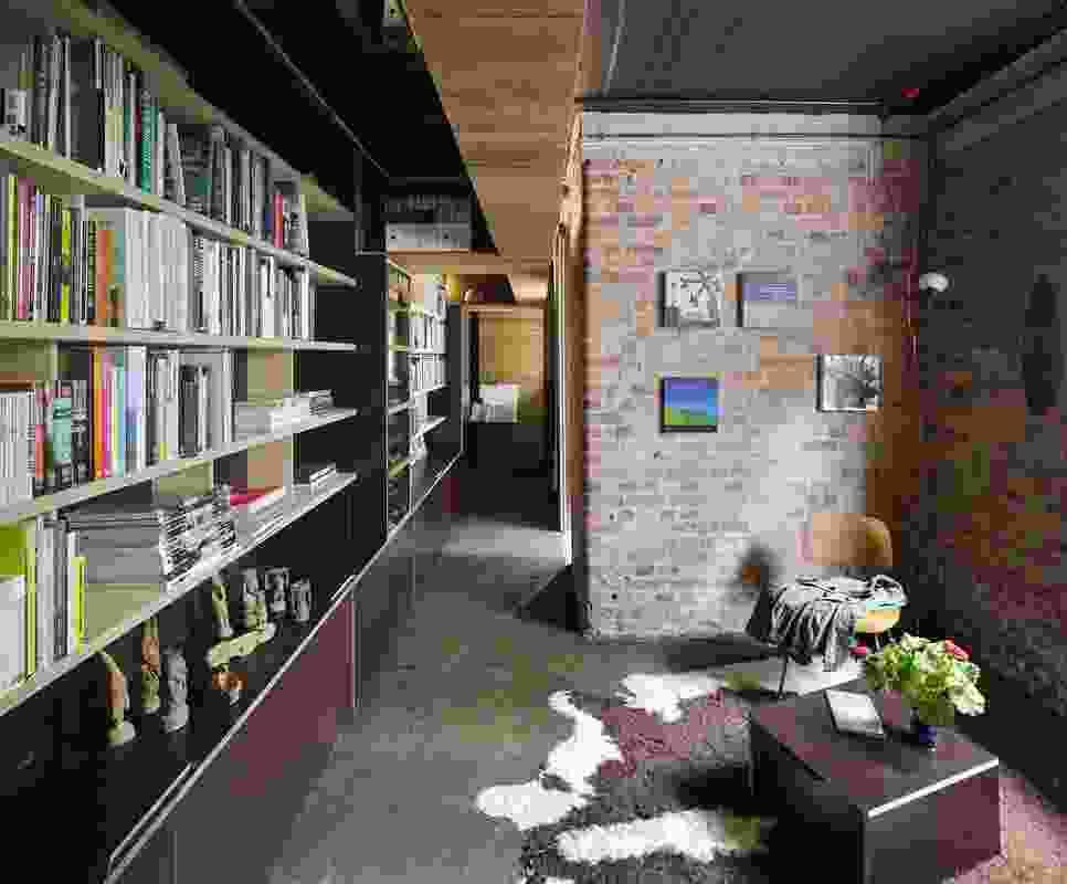 Studio 217 (Qld) by Amalie Wright & Richard Buchanan.