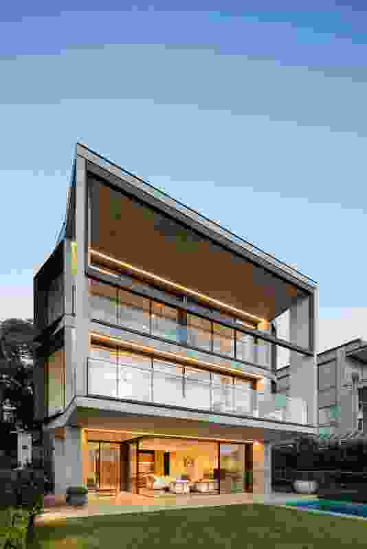 Point Piper Residence by Tzannes.