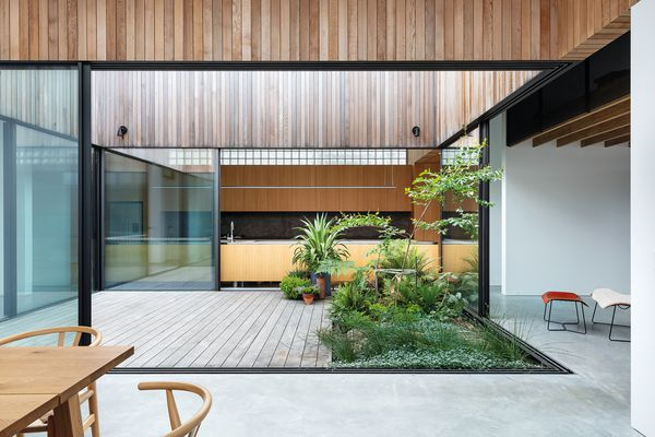 Courted House (NSW) by Breakspear Architects.