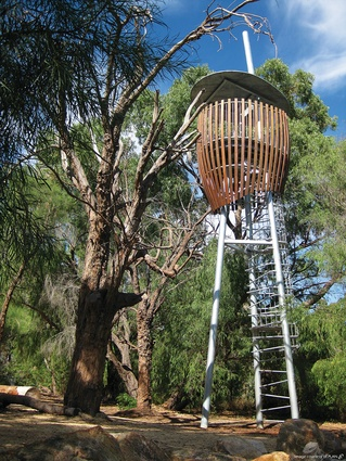 The viewing towers (or tree hides) were inspired by the shape of seeds.