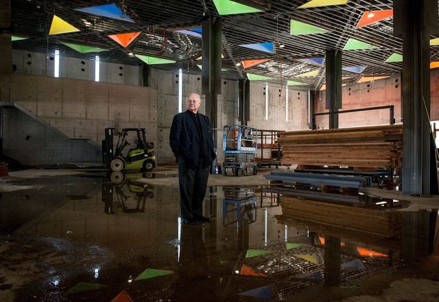 Glenn Murcutt inside the Australian Islamic Centre during construction.