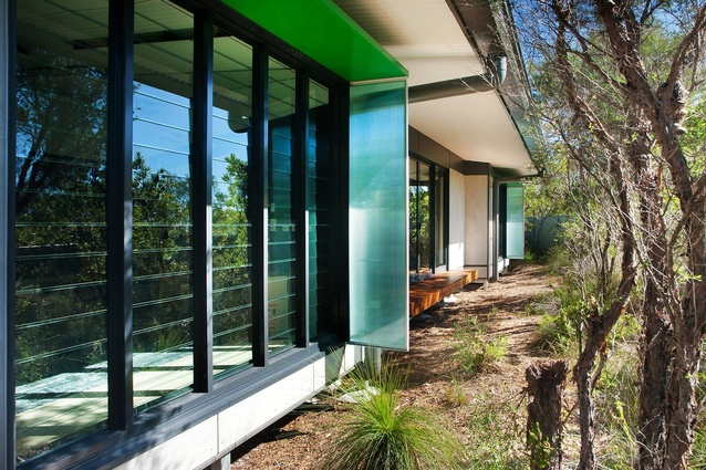 Noosa Flexible Learning Centre by Fulton Trotter Architects was designed to provide an alternative learning environment for disengaged students.