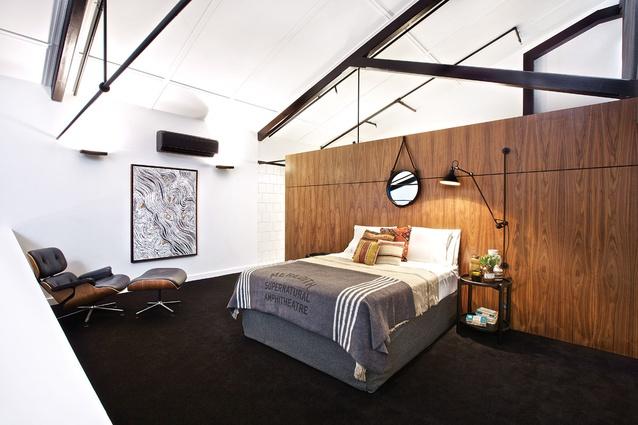 Mezzanine bedroom. Artwork: Lloyd Kwilla, <em>Kulyayl Waterhole</em>.
