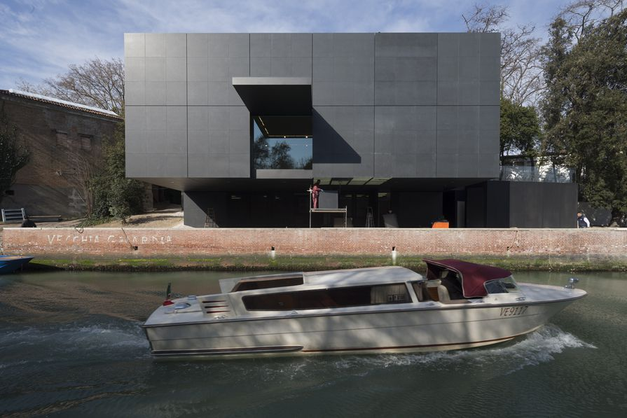 The Australian Pavilion in Venice by Denton Corker Marshall.