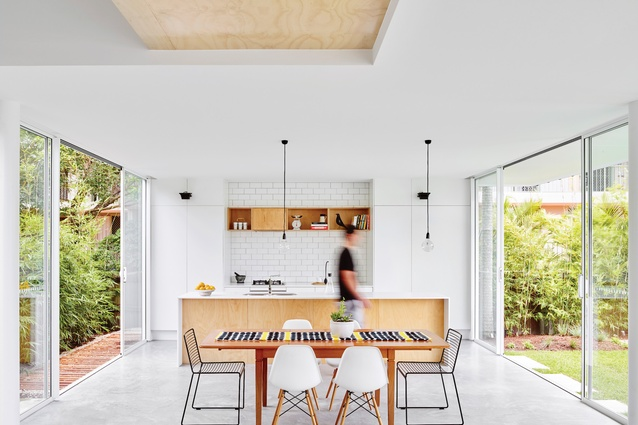 """Francis Street House (2015) references the local beachside vernacular with inventiveness – a curious """"black box"""" hosts generous and light-filled interior spaces."""