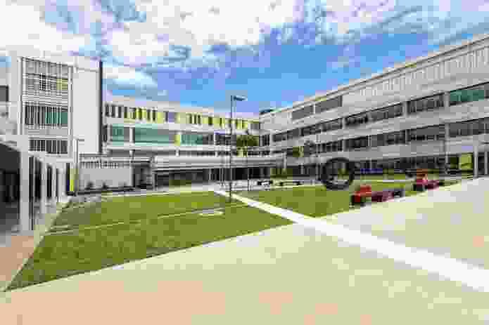 Mackay Base Hospital Redevelopment by Woods Bagot in collaboration with Billard Leece Partnership.