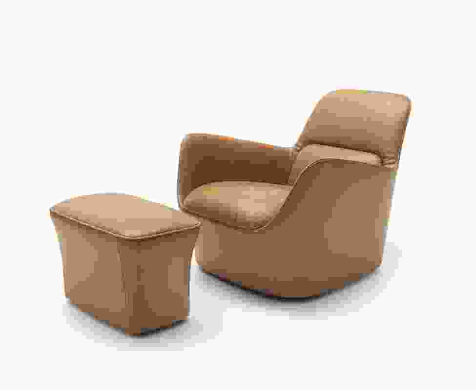 DS-110 easy chair from de Sede.