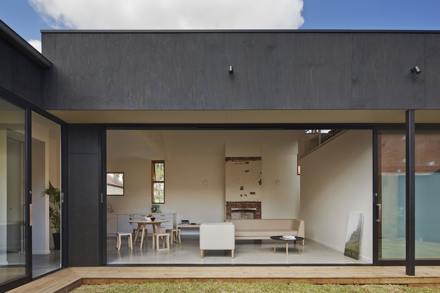 Functionally, the shallow verandah acts as a covered walkway that allows the occupants move between rooms without entering the house.