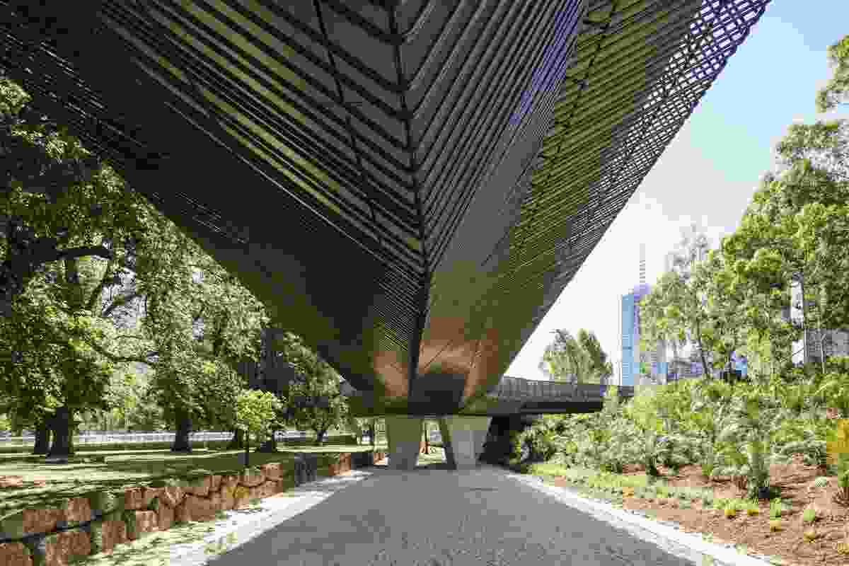 Tanderrum Bridge (Melbourne, Victoria) by John Wardle Architects and NADAAA, in collaboration.
