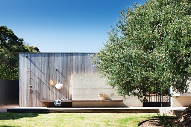 Pale rammed earth is the primary building element, complemented by timbers.