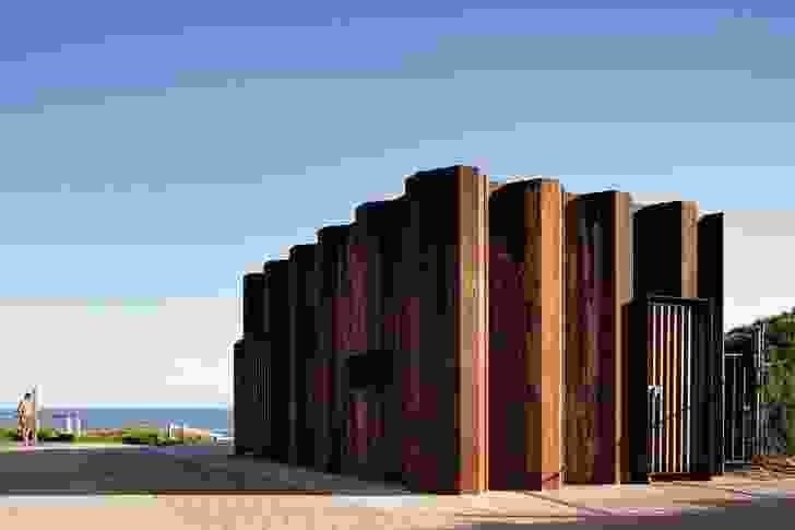The exterior of the robust form, in Cor-Ten steel, has weathered beautifully, further enhancing its connection with the landscape.