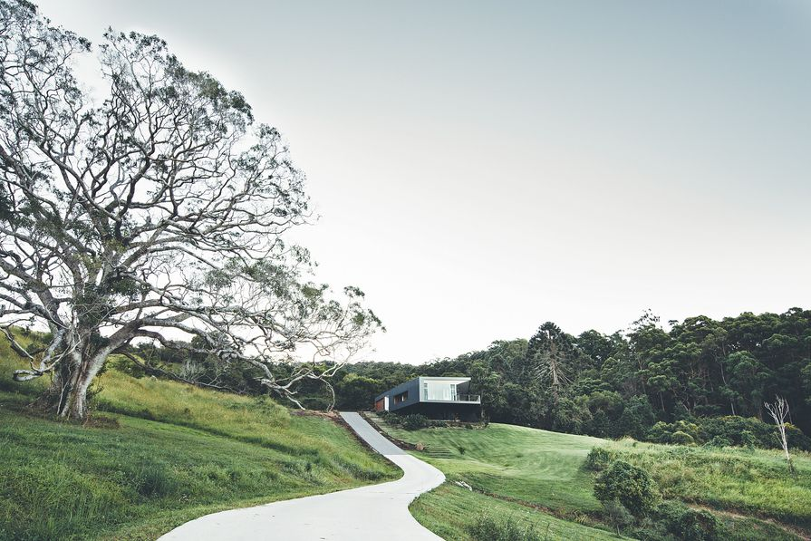 After a detailed site analysis by the architect and client, the Stealth House was located on a knoll beneath a ridgeline.