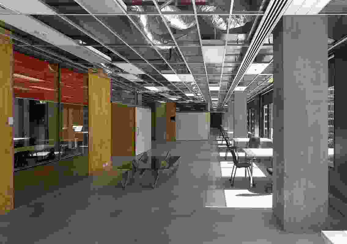 Public Design – RMIT Melbourne Campus – Building 88, Levels 5 and 6 by Spowers and NMBW Architecture Studio.