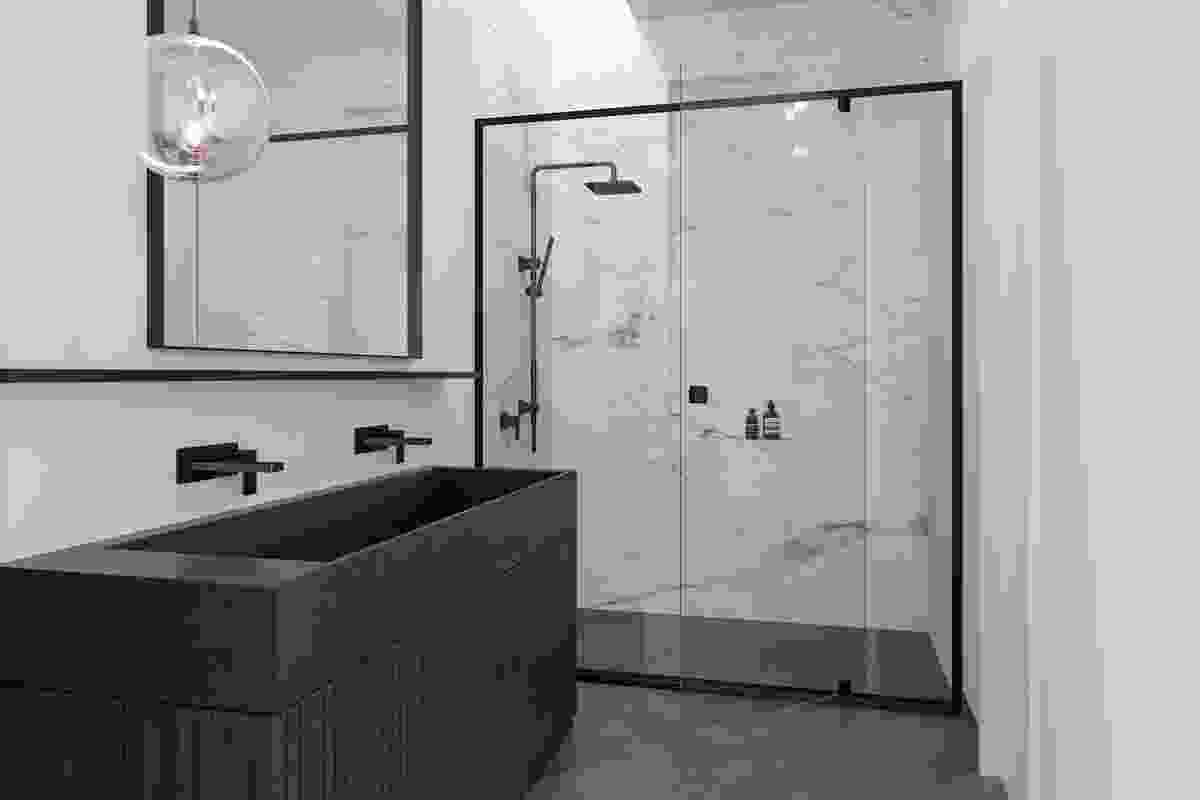Stegbar goes back to black with new monochrome shower screens