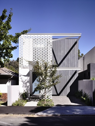 Fairbairn Rd (Vic) by Inglis Architects.