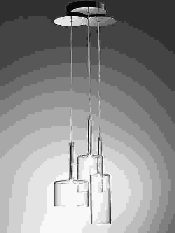 Spillray pendant by Manuel Vivian.