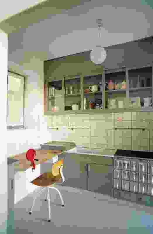 Margarete Schütte-Lihotzky, Kitchen from the Ginnheim-Höhenblick Housing Estate (reconstruction), 1926–27.